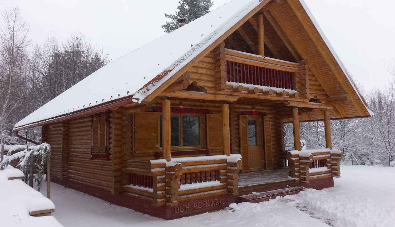 Finnish wooden cottages, the music of wood and air